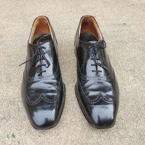 Johnson & Murphy Black Leather Wing Tips,  Size 11